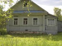Бревенчатый дом в тихой деревне по Новорижскому шоссе. Речка, лес. Можно и по материнскому капиталу.
